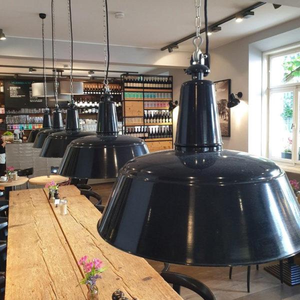Berlin hanglamp restaurant Munchen - Verlichting van Toen